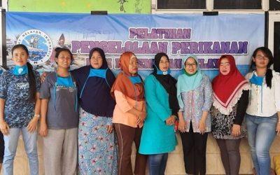 Perempuan Nelayan, Solusi Ekonomi Keluarga Nelayan